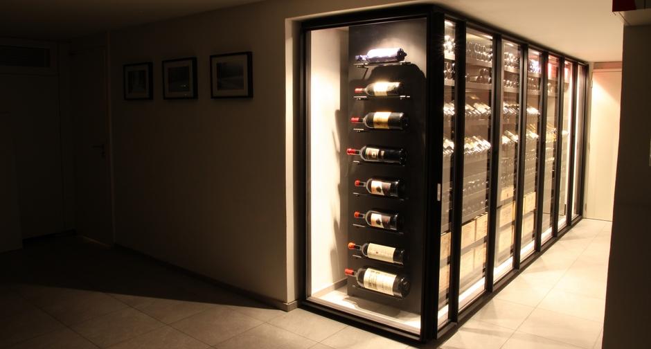 armoire vin m tallique sliding anvers 2012. Black Bedroom Furniture Sets. Home Design Ideas