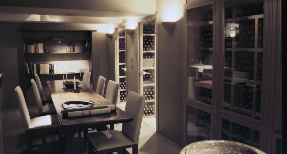 cave vin sur mesure en ch ne vieilli rotterdam 2003. Black Bedroom Furniture Sets. Home Design Ideas